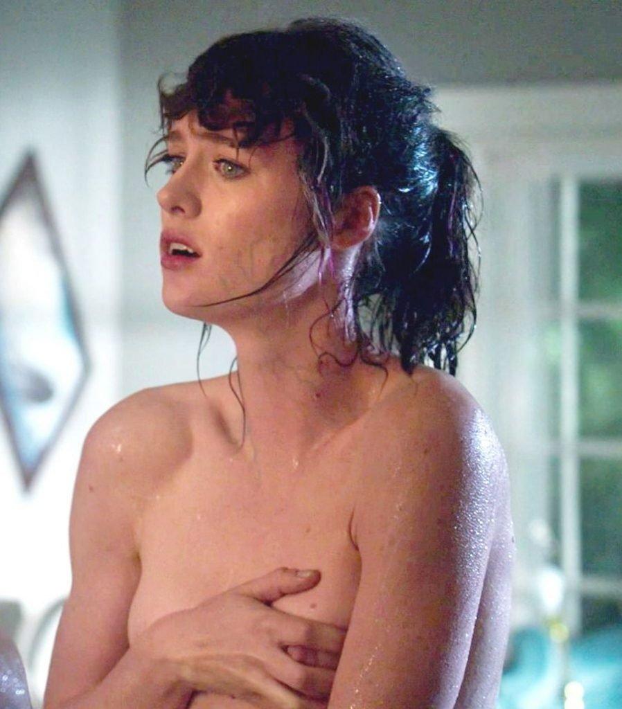 Mackenzie Davis Nude, Vanessa Hudgens Sexy – Freaks of Nature (2015) HD 1080p