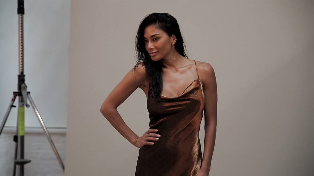 Nicole Scherzinger Sexy (35 Photos + Video)