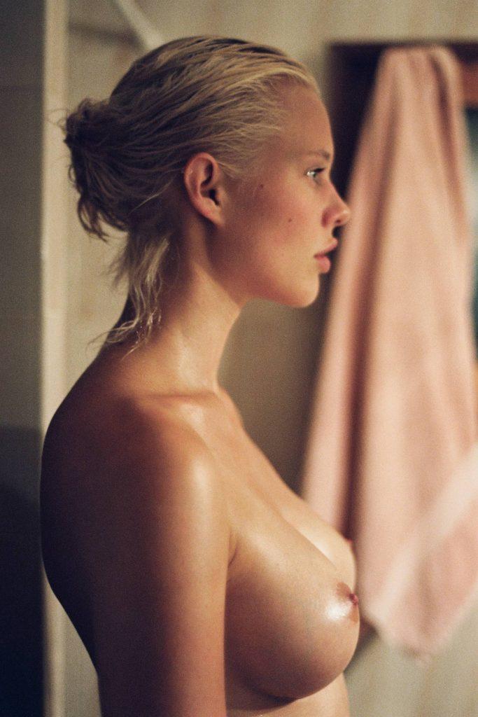 Becca Hiller Topless (1 Photo)