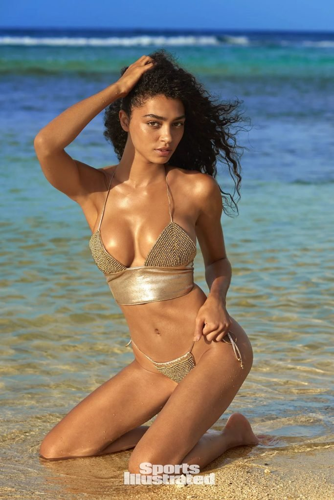 Raven Lyn – 2018 Sports Illustrated Swimsuit Issue