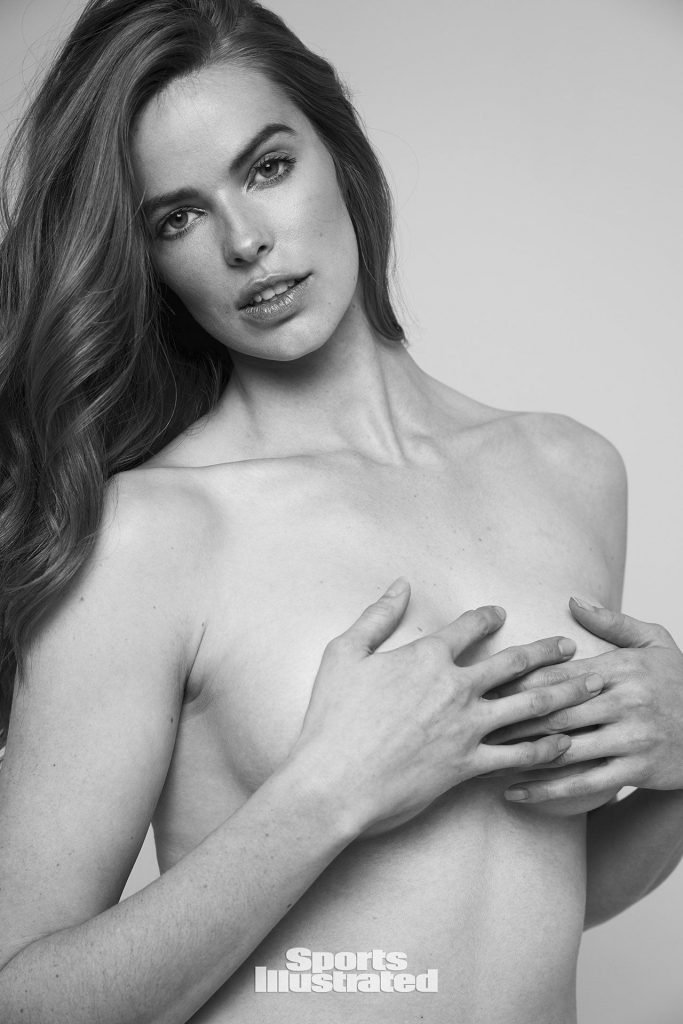 Robyn Lawley – 2018 Sports Illustrated Swimsuit Issue