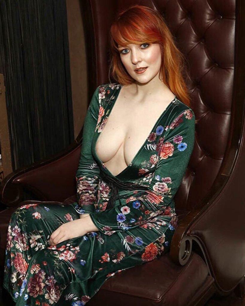 Victoria Clay Sexy (19 Photos)