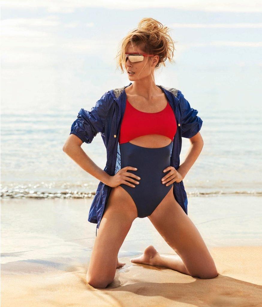 Nadja Bender Sexy & Topless (7 Photos)