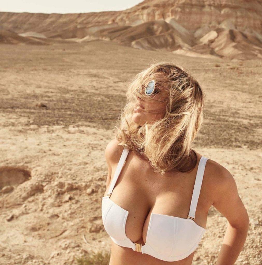 Kate Upton Sexy (8 Photos)