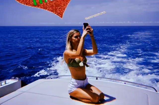 Danielle Knudson Sexy (42 Photos)