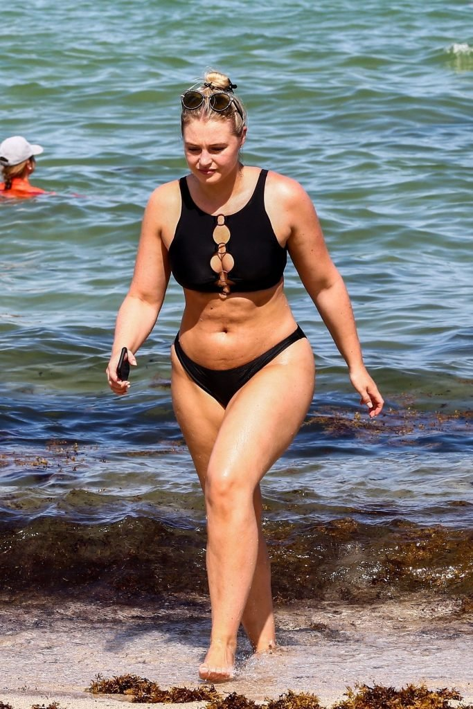 Iskra Lawrence Sexy (119 Photos)
