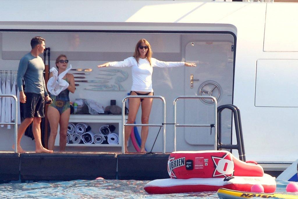 Jennifer Flavin, Sophia & Sistine Stallone Sexy (42 Photos)