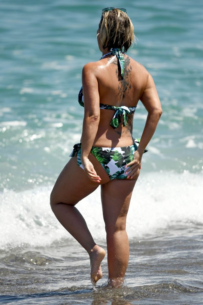 Kerry Katona Sexy (20 Photos)