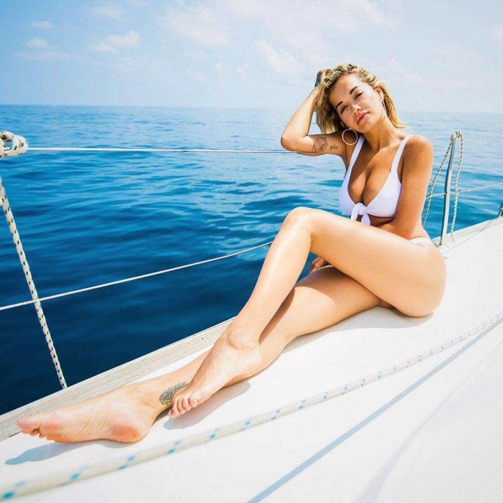 Rita Ora Sexy (9 Photos)