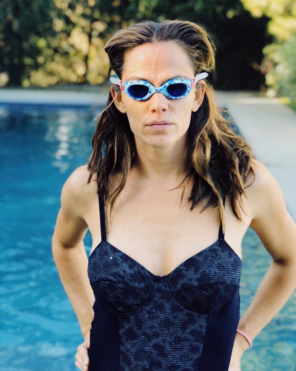 Jennifer Garner Hot (9 Photos)
