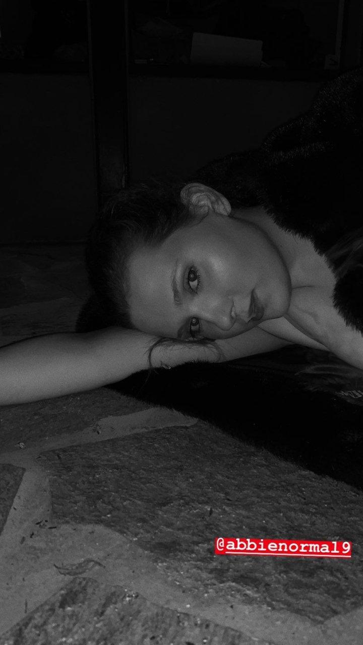 Abigail Breslin Sexy (28 Photos)