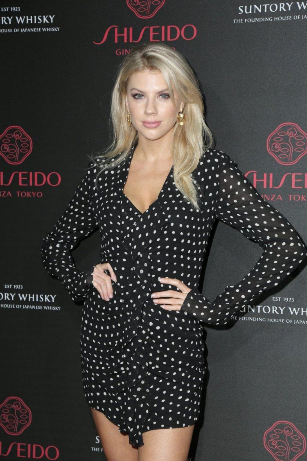 Charlotte McKinney Sexy (55 Photos)