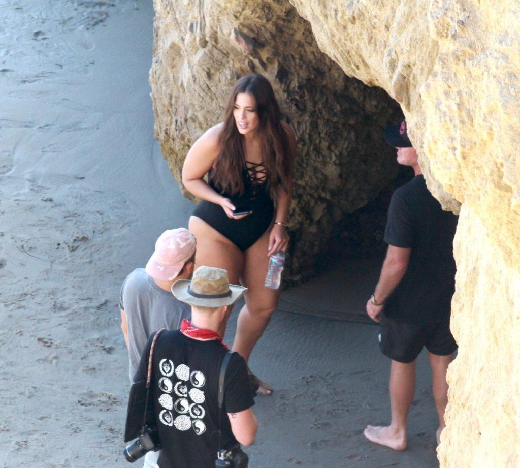 Ashley Graham Hot (61 Photos)