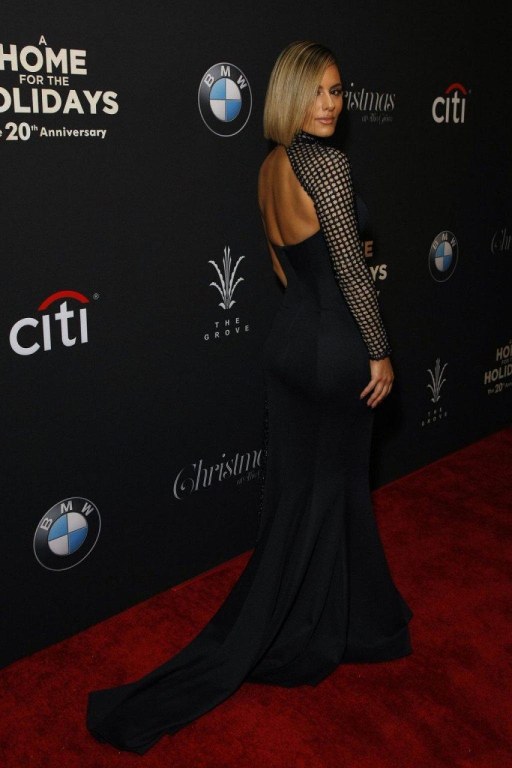 Pia Toscano Sexy (19 Photos)
