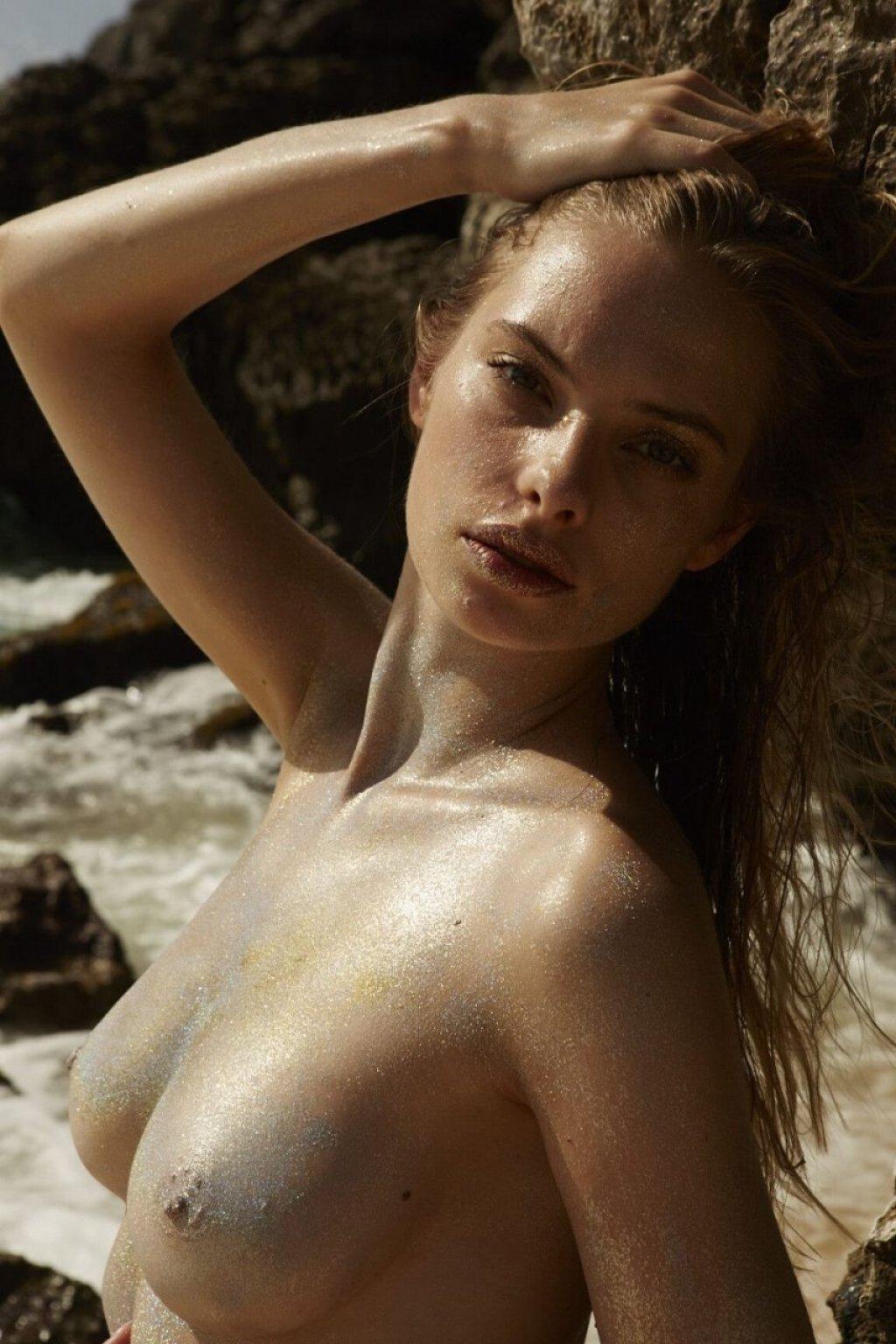 Dioni Tabbers Nude (21 Photos)