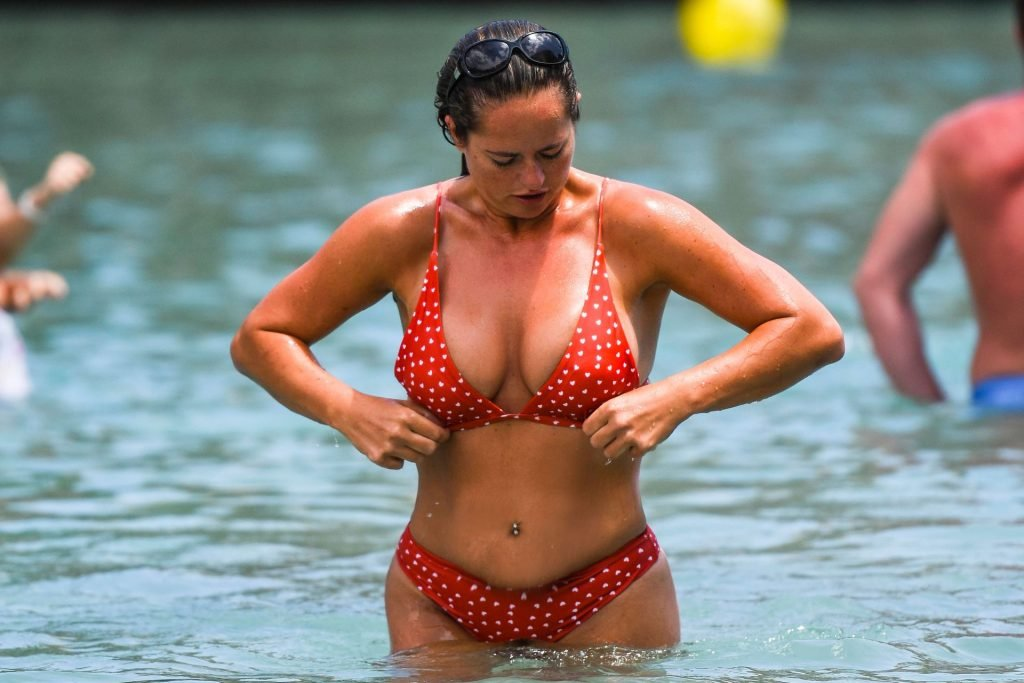 Karen Danczuk Sexy (13 Photos)