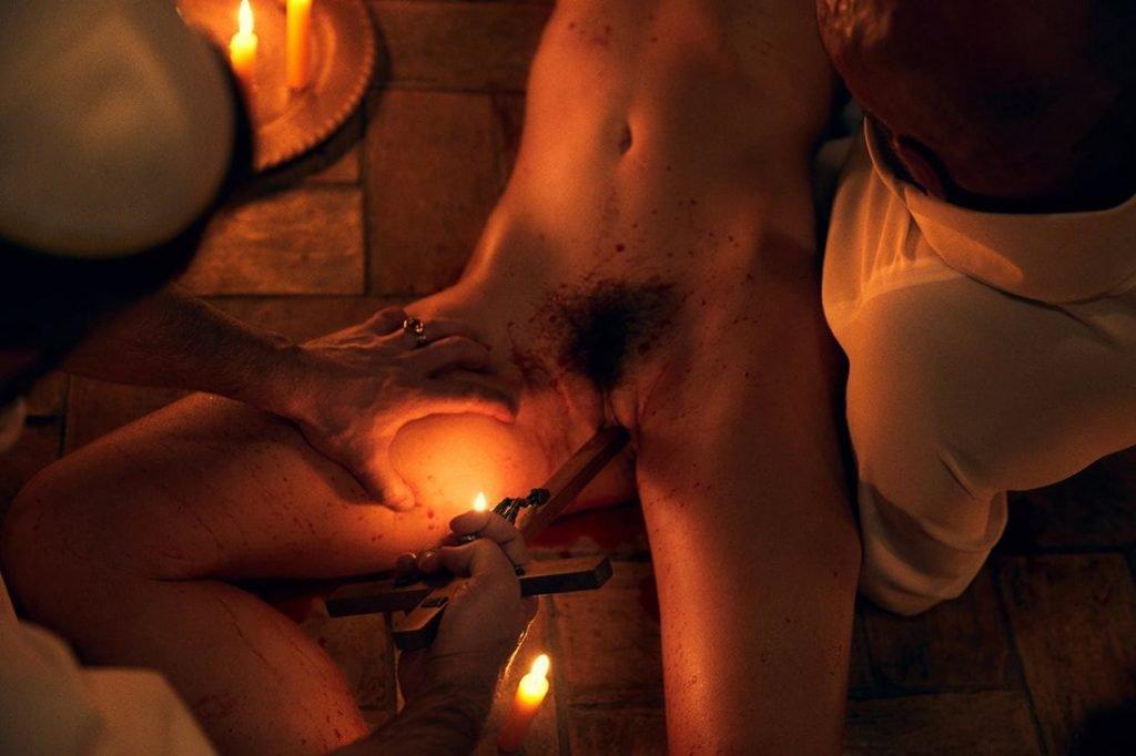 Marisa Papen Naked (25 Photos)
