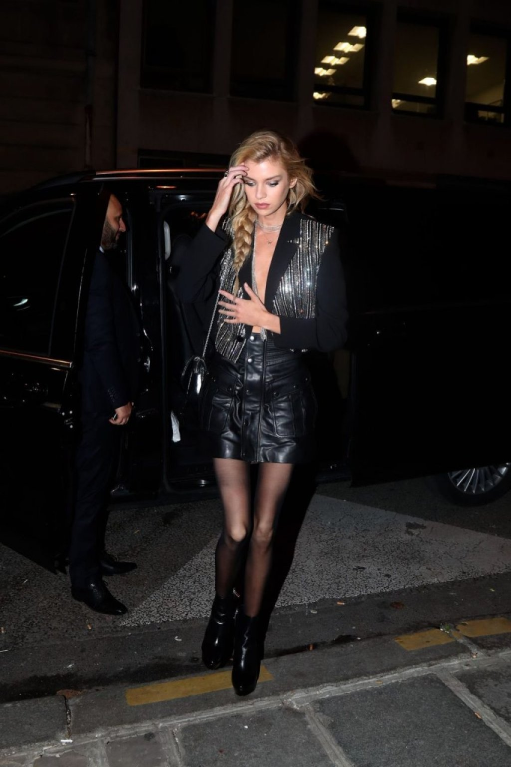 Stella Maxwell Sexy (15 Photos)