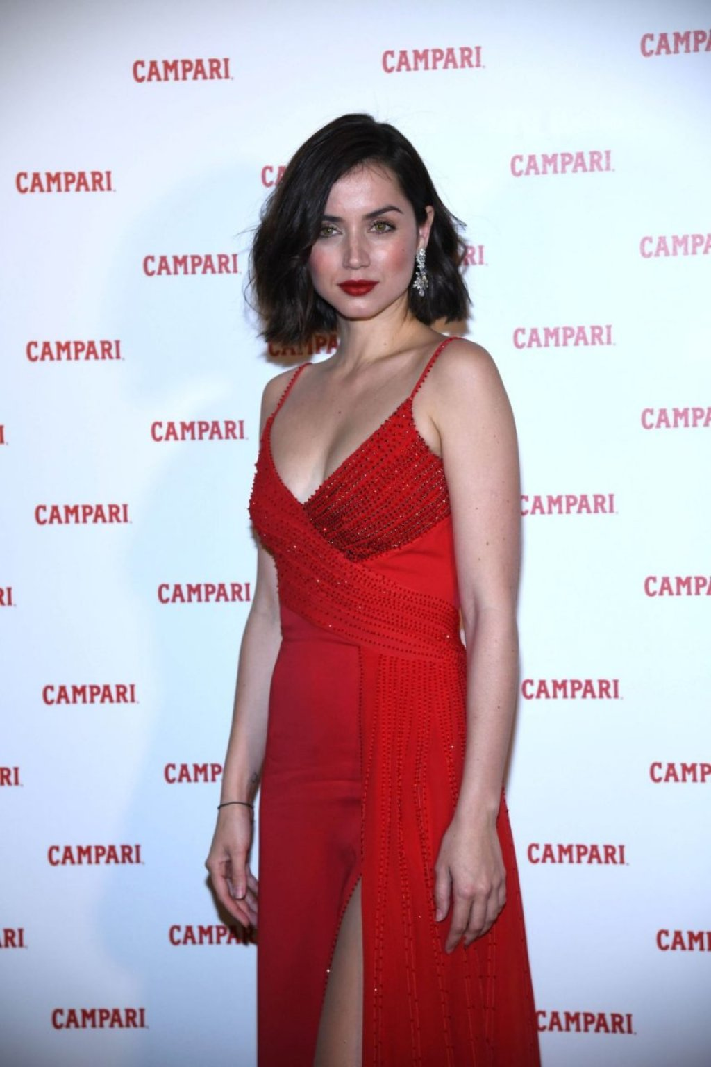 Ana de Armas Sexy (30 Photos)
