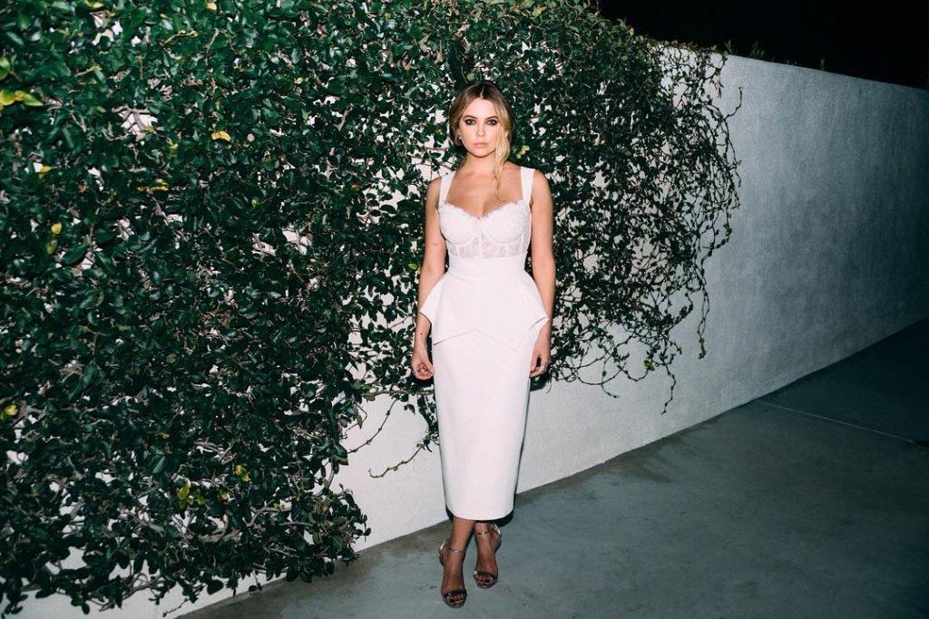 Ashley Benson Sexy (10 Photos)