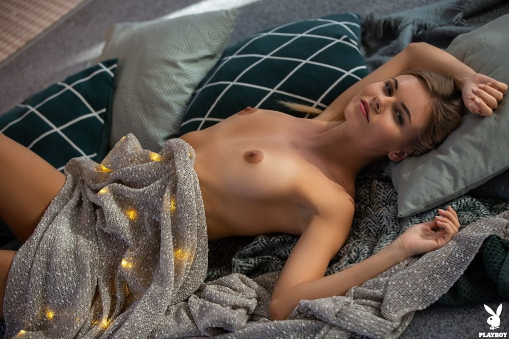 Kate Jones Nude (42 Photos + Video)