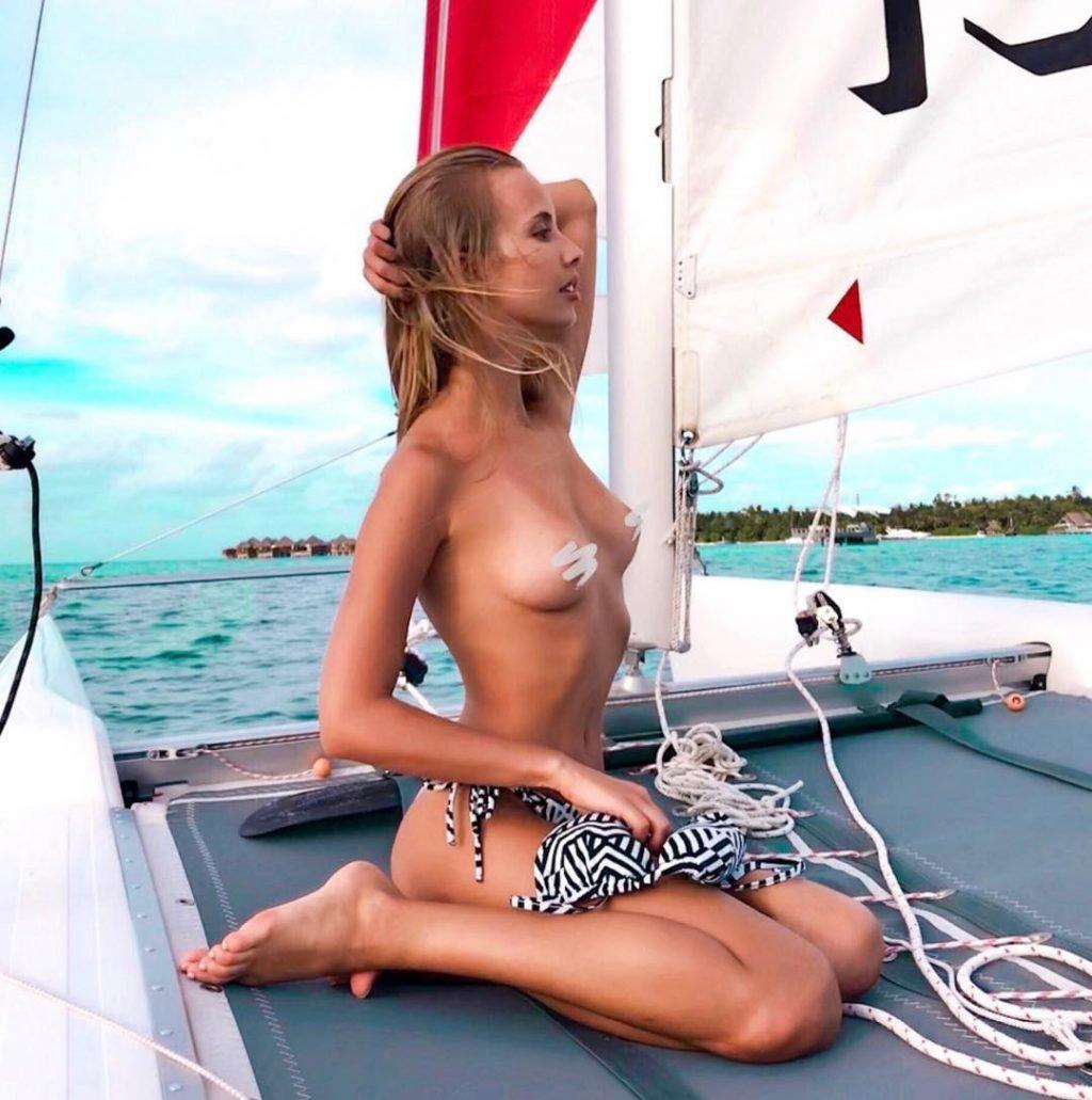 Katya Nizhegorodtseva Nude & Sexy (142 Photos)