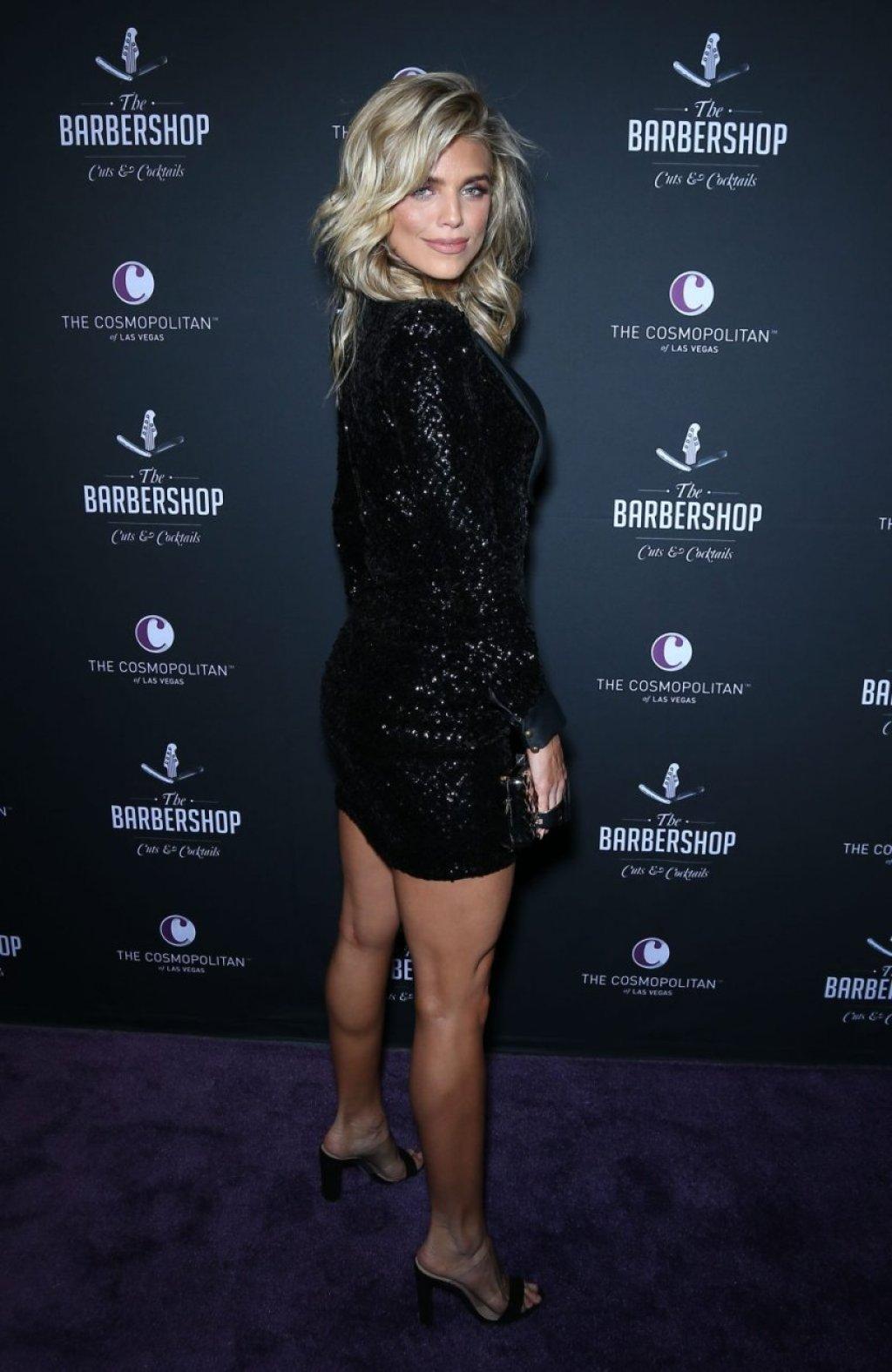 AnnaLynne McCord Sexy (16 Photos + Video)