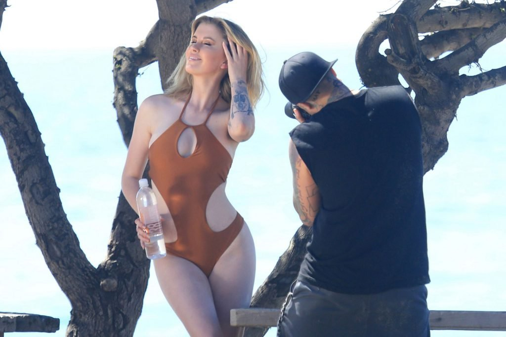 Ireland Baldwin Sexy (50 Photos)