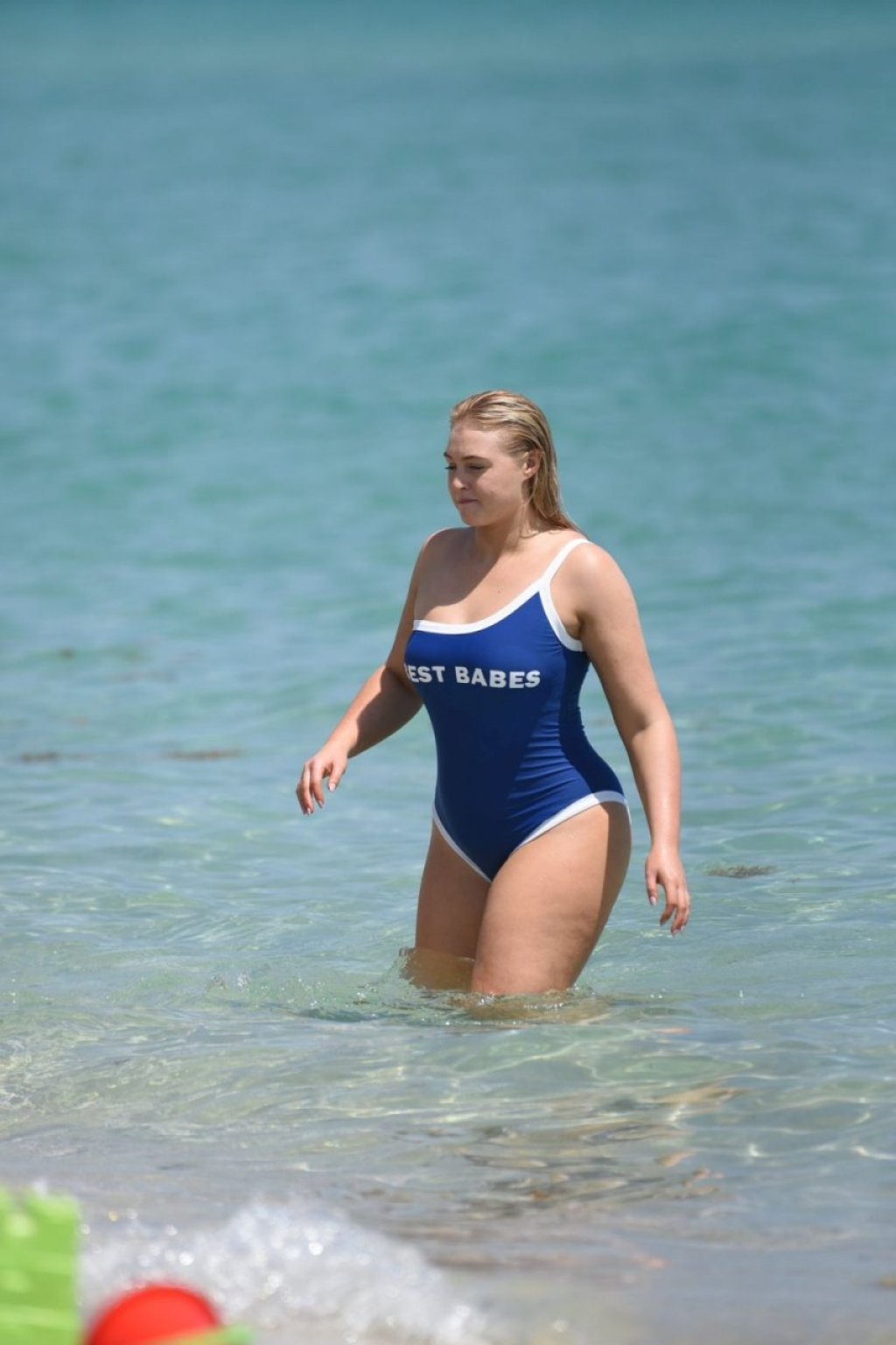 Iskra Lawrence Sexy (48 Photos)