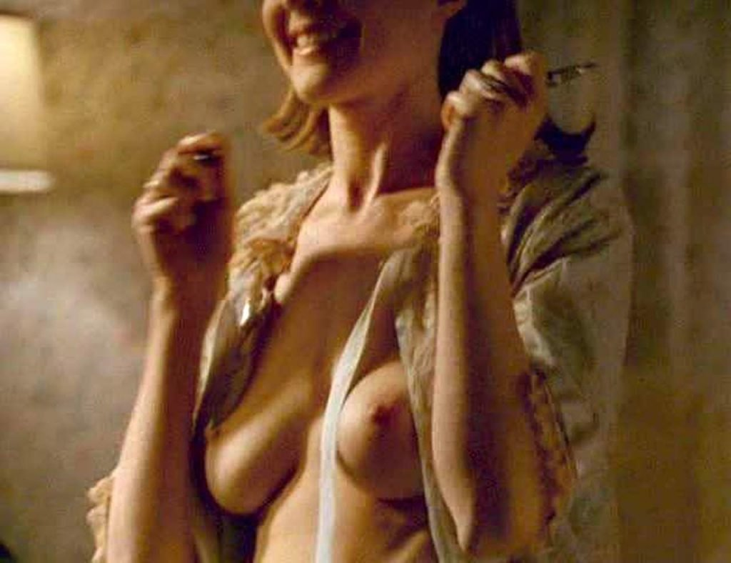 Marcia Cross Nude – Female Perversions (4 Pics + GIF & Video)