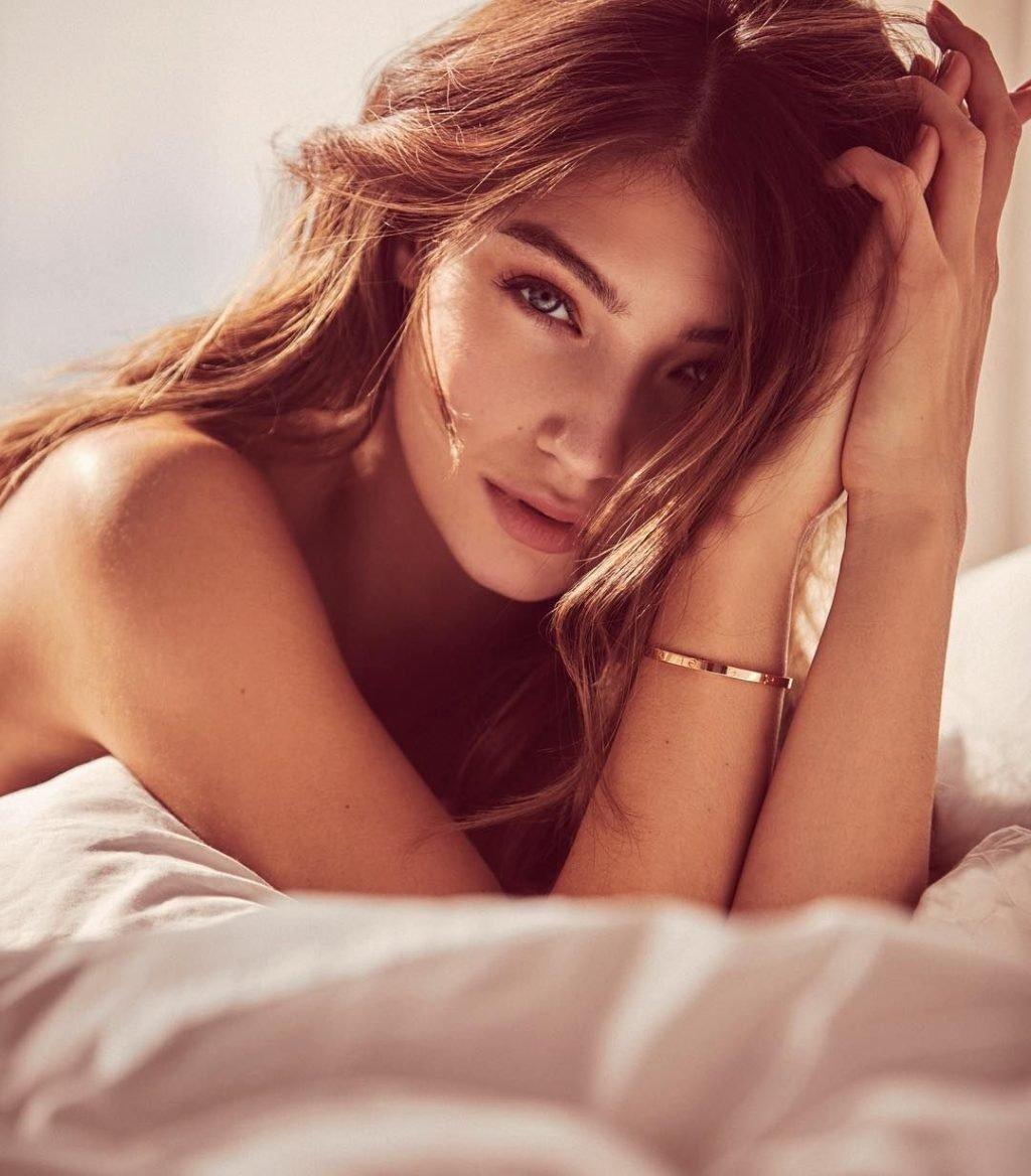 Lorena Rae Sexy & Topless (50 Photos)