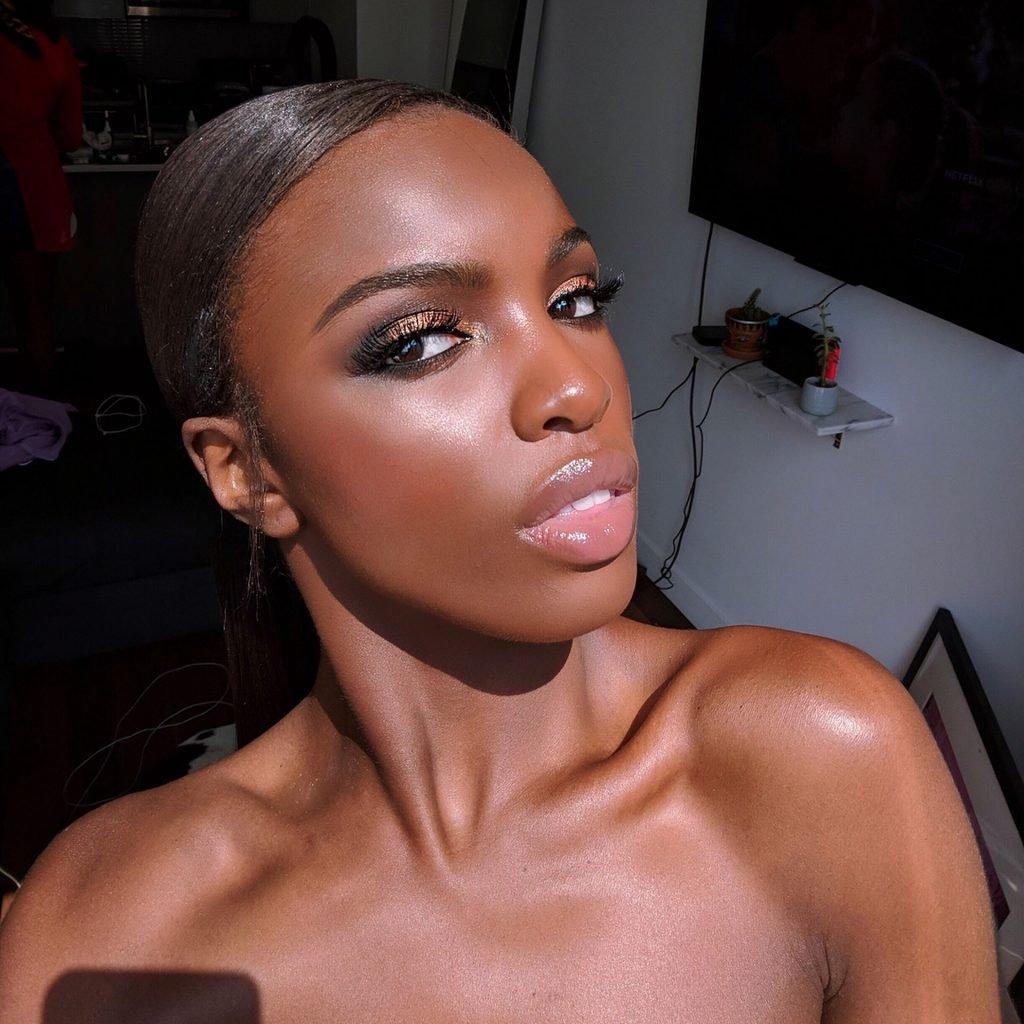 Leomie Anderson Nude & Sexy (41 Photos)