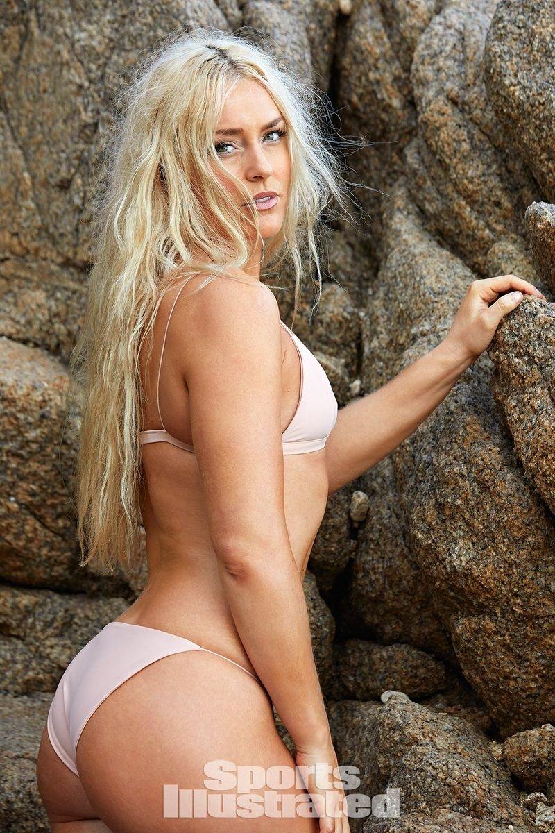 Lindsey Vonn Sexy & Topless (51 Photos + Video)