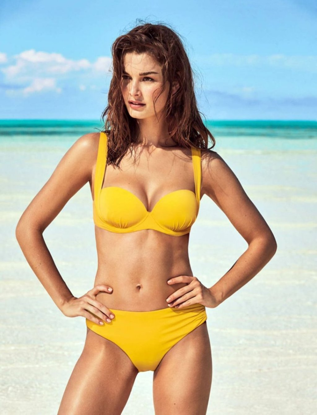 Ophelie Guillermand Sexy (11 Photos)