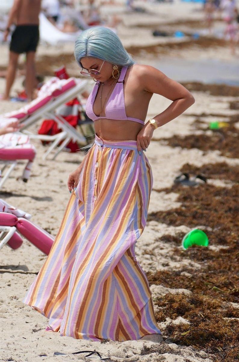Chanel West Coast Sexy (15 Photos)