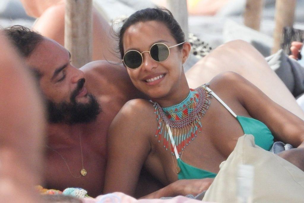 Lais Ribeiro Sexy (19 Photos)