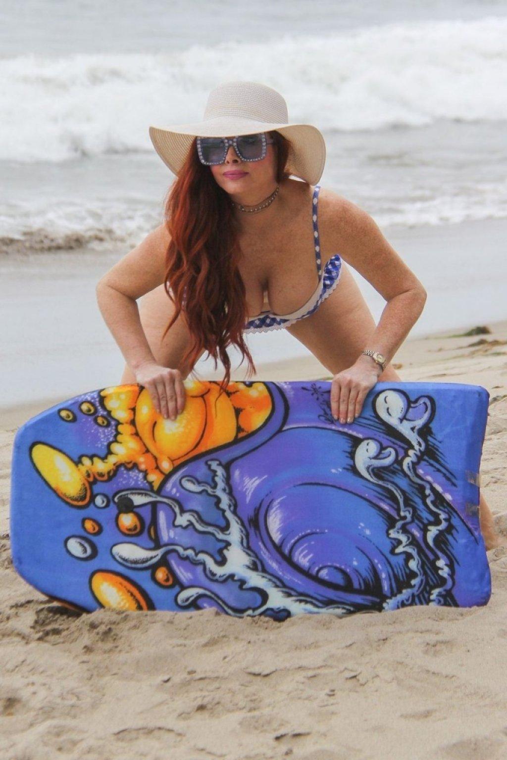 Phoebe Price Sexy (31 Photos)
