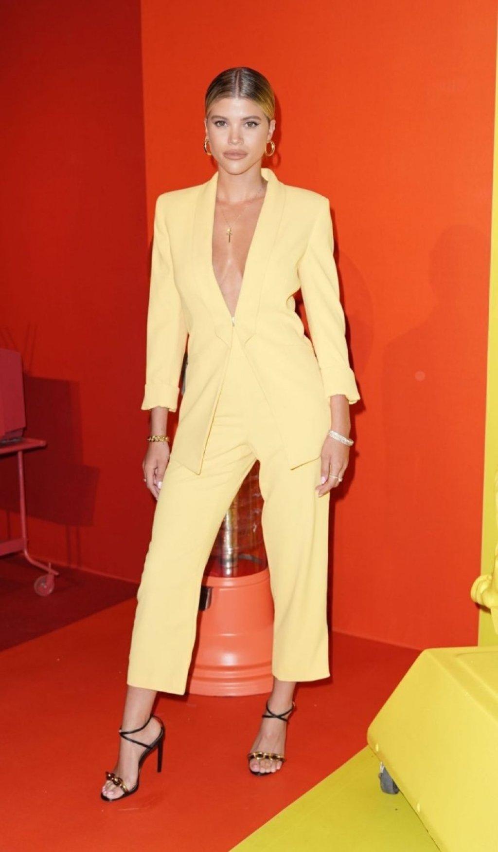 Sofia Richie Hot (64 Photos)