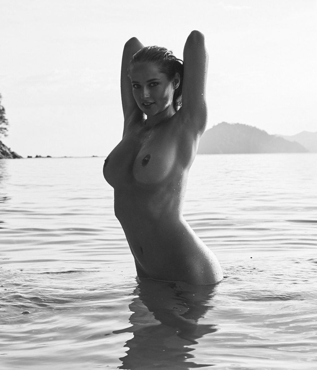 Genevieve Morton Nude (10 Photos)