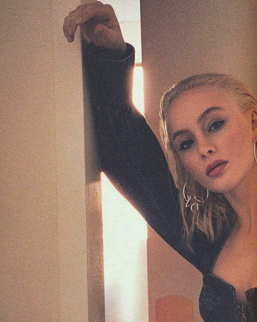 Zara Larsson Sexy (165 Photos)