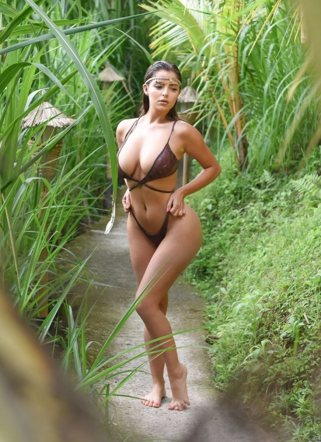 Demi Rose (20 Sexy Photos)