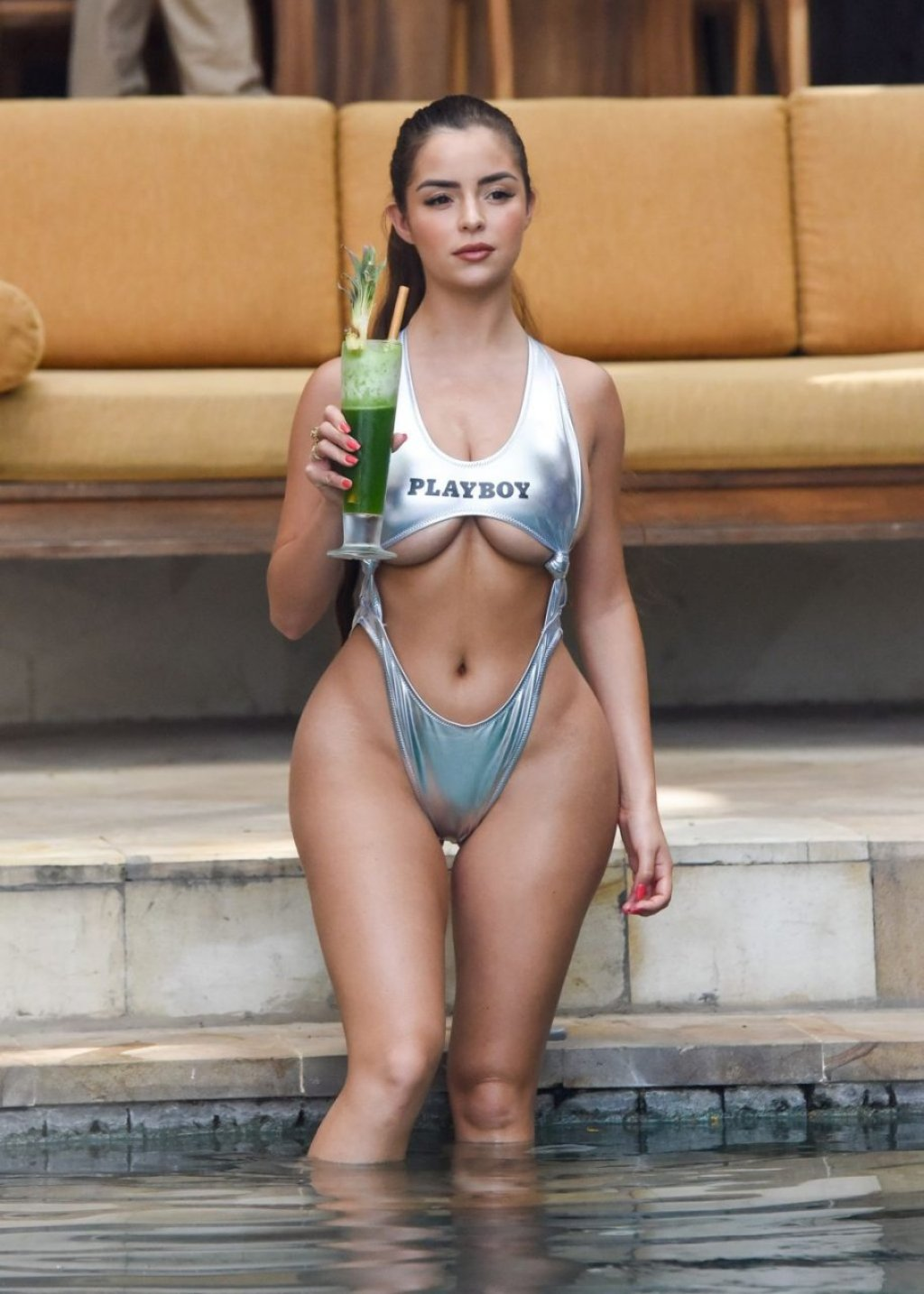 Demi Rose Underboob (15 Photos)