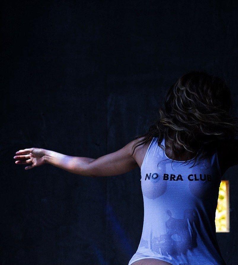 Halle Berry See Through (1 Photo)