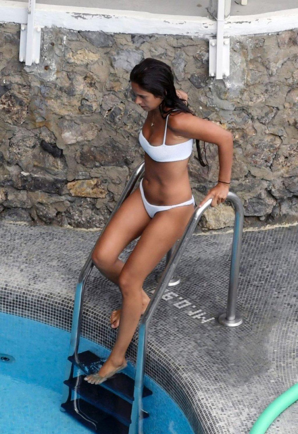 Isabel Pakzad Sexy (65 Photos)