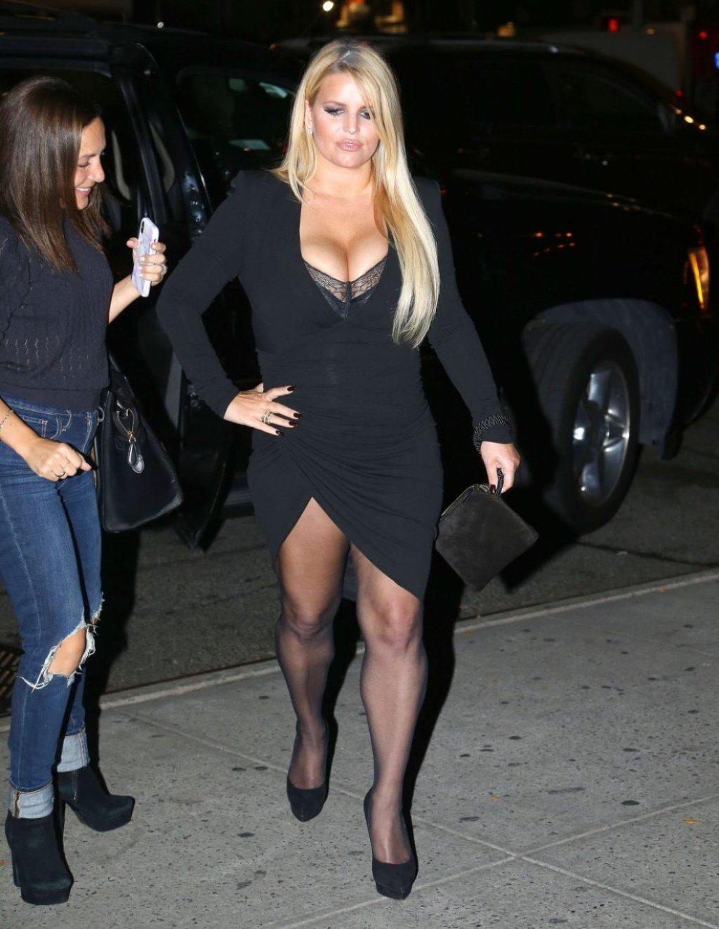 Jessica Simpson Sexy (164 Photos)