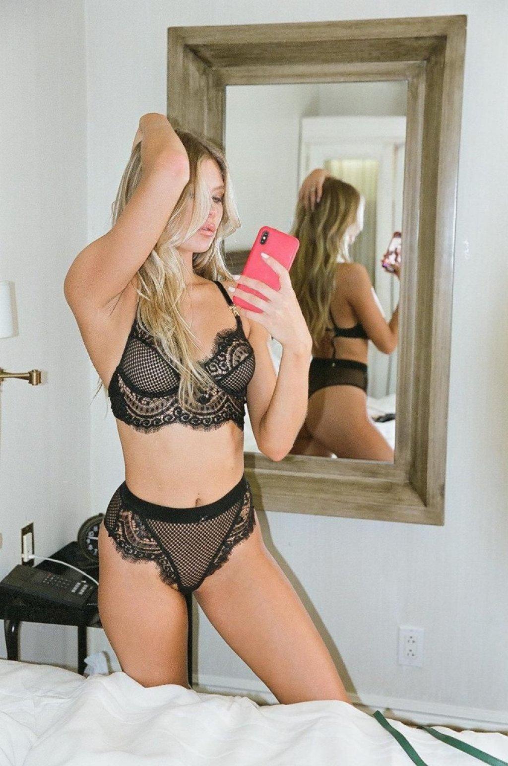 Josie Canseco Nude & Sexy (38 Photos)