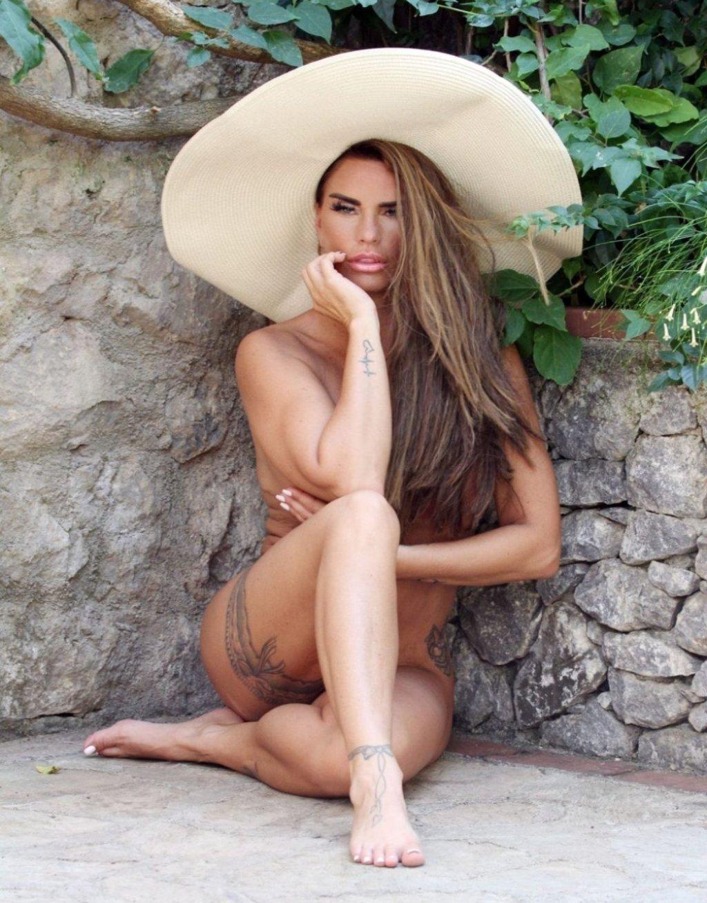 Katie Price Nude & Sexy (115 Photos)