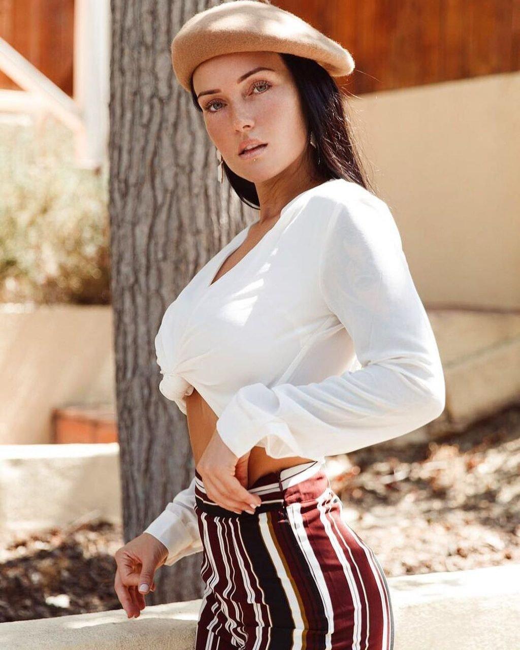 Kayla Lauren Nude & Sexy (196 Photos + Videos)