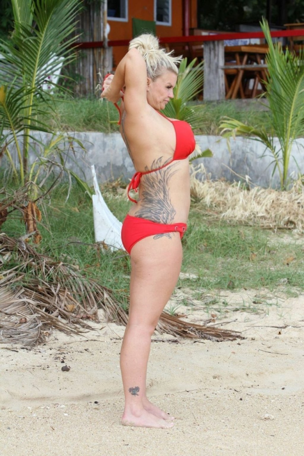 Kerry Katona Sexy & Topless (52 Photos)