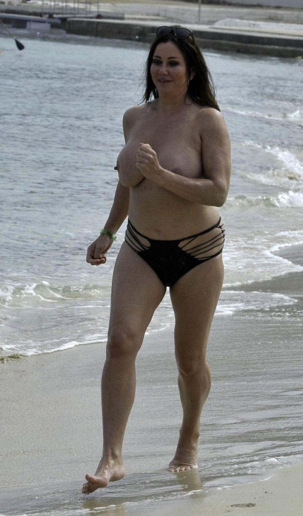 Lisa Appleton Topless (13 Photos)